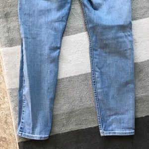 7 For All Mankind Jeans - 7 for All Mankind Light Washed Cropped Skinny